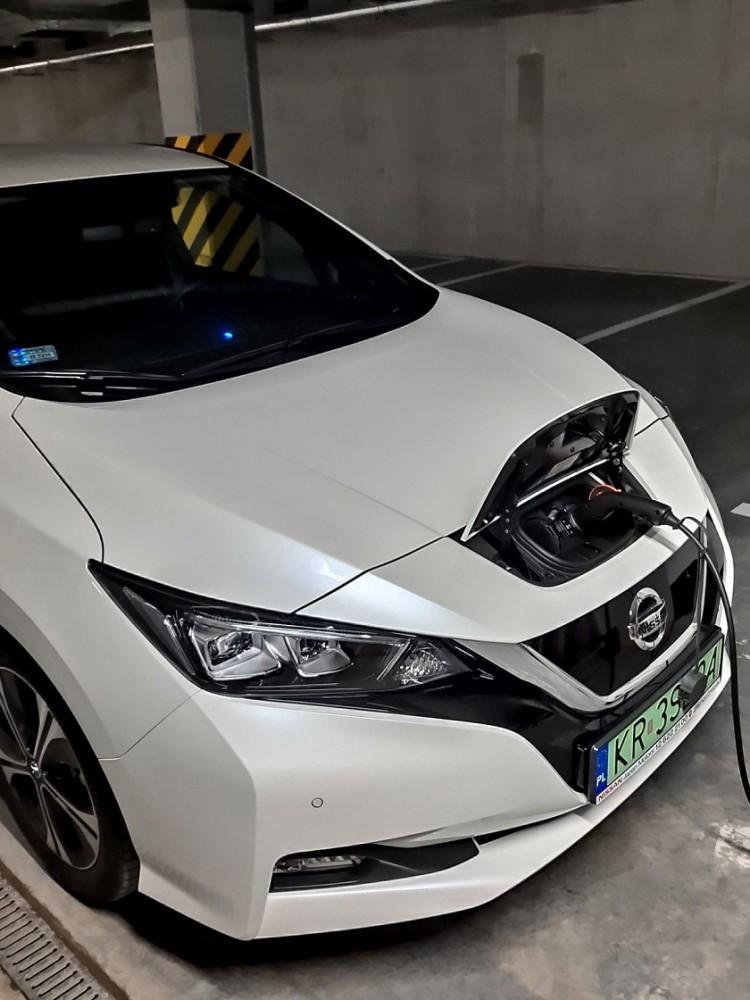 Ładowanie Nissan Leaf