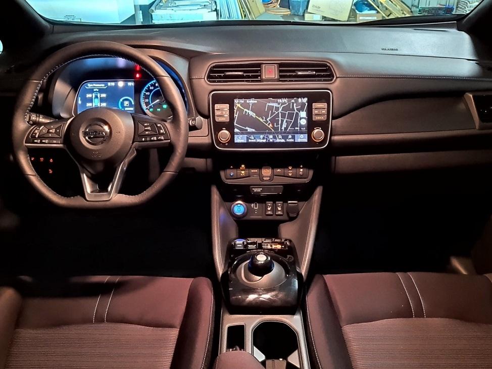 Wnętrze Nissan Leaf