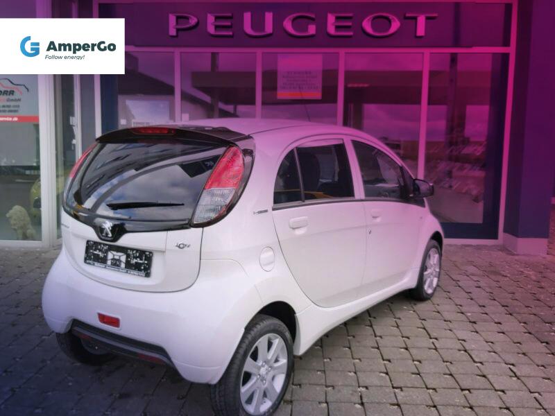 samochód elektryczny Peugeot iOn